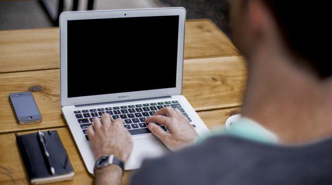 """""""Das Passt So Für Mich"""": Mobile Computerarbeiter Zufriedener Trotz Mehrarbeit"""
